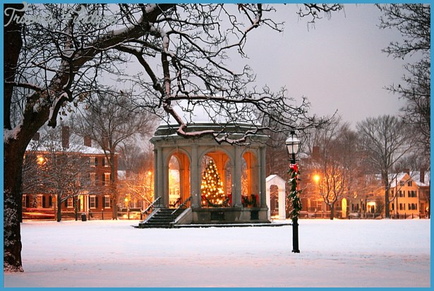 Christmas in Salem Holiday House Tours