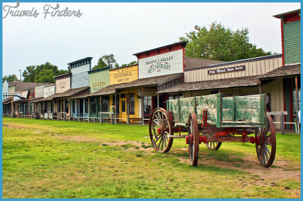 Top-Rated Tourist Attractions in Kansas   PlanetWare
