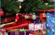 10 Christmas Gifts for Travellers | Travelling Tips - Best of the