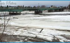 Ice jam makes way down Aroostook River