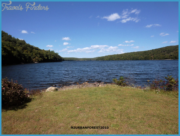 Title: Maine's Echo Lake Section 319 Success Story: Controlling ...