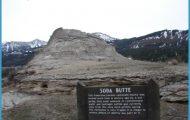 Soda Butte: An extinct geyser.