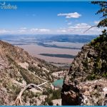 View from The Disapointment Peak over The Amphitheater Lake and Gros ...