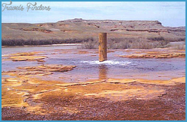 Crystal Geyser Bubbles in Green River | Gypsy Road Trip