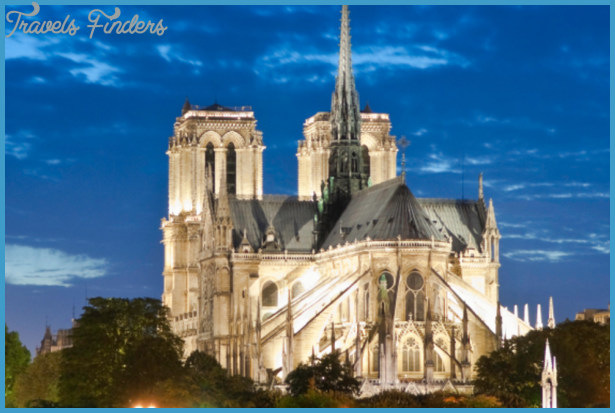 When in Paris . . . Must-See and Must-Do Attractions and Activities