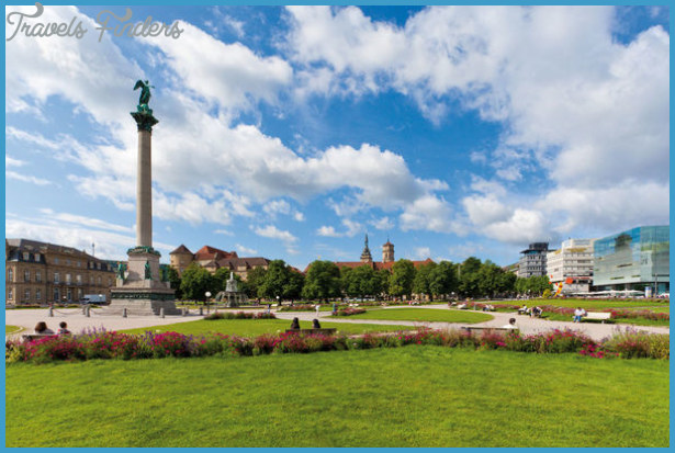 Palace Square and New Palace | Urlaubsland Baden-Württemberg