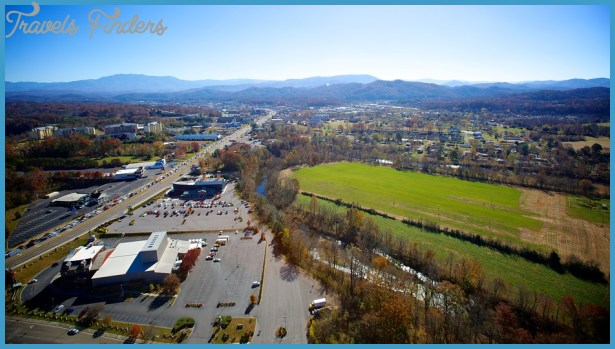Gatlinburg - Pigeon Forge (Tennessee) Vacations: Package & Save up to ...