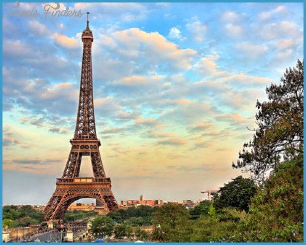 When to Travel to Paris