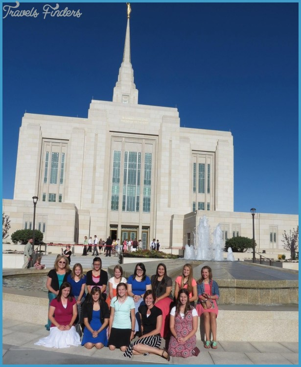 Local Young Women Travel to Ogden Utah Temple Open House - Mesquite