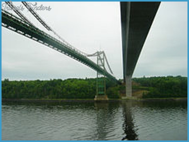 ... Narrows Bridges entering Verona Island viewed from below (2007