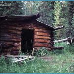 Many old abandoned buildings can be found outside of Yellowstone.