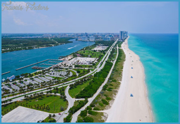 best-places-for-fall-vacations-in-usa-miami-beach.jpg