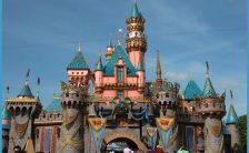 Cool Vacation Places in USA - World Disney land ~ Hot And Cool