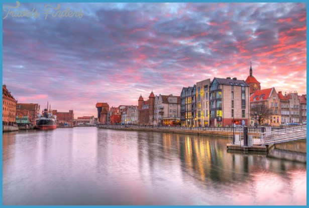 Poland_Gdansk-at-Motlawa-river.jpg