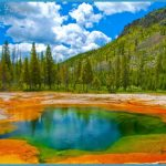 11-Best-Cities-To-Visit-In-The-USA-Yellowstone-National-Park.jpg