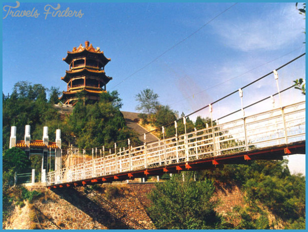 Best places to travel to in china travelsfinders com for Best countries to move to