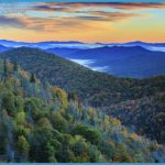 Blue-Ridge-Mountains-at-Sunrise-000051660082_Medium.jpg