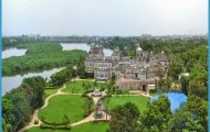Chettinad-Palace.jpg