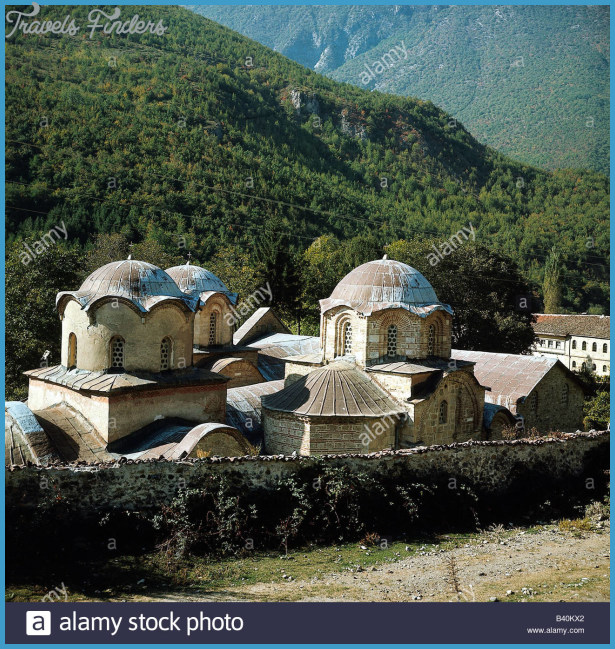 geography-travel-yugoslavia-pec-the-three-churches-patriarchy-of-pec-B40KX2.jpg