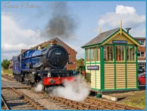 RAIL TRAVEL IN BRITAIN_12.jpg
