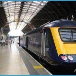 RAIL TRAVEL IN BRITAIN_14.jpg