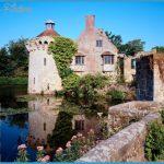 Scotney_Castle_Kent_England_1.jpg