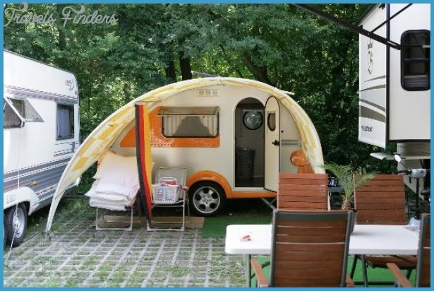 CAMPING FOR VIENNA_8.jpg