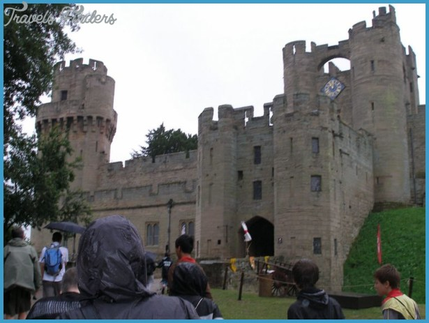 DAYTRIP FROM STRATFORD: WARWICK CASTLE_7.jpg