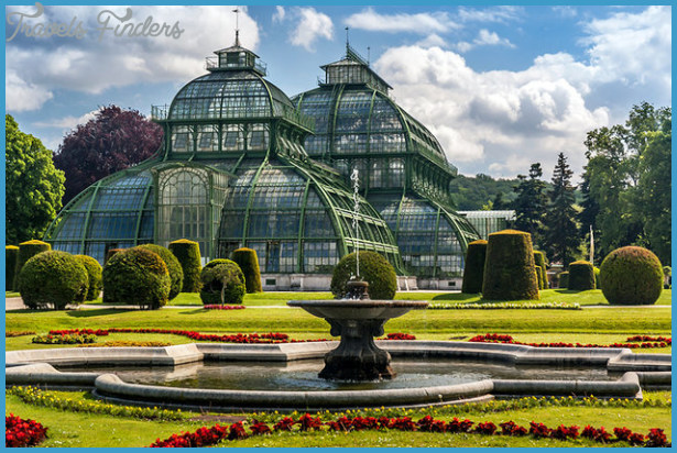 GARDENS AND PARKS OF VIENNA_3.jpg