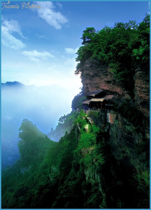 Gateway to the Mysterious Mountain (Xuanyue Men)_8.jpg