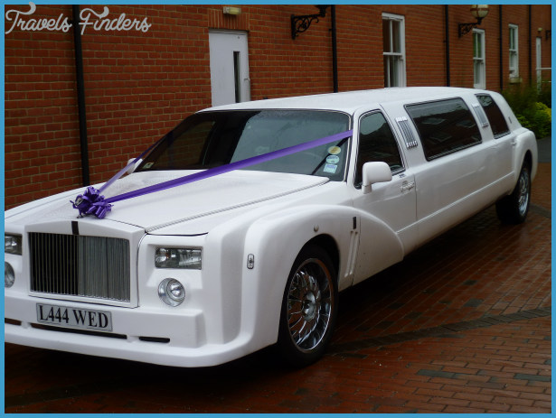 Top 5 Advantages of Hiring a Limousine for a Wedding_0.jpg