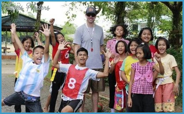 Five Places to Volunteer Overseas_2.jpg