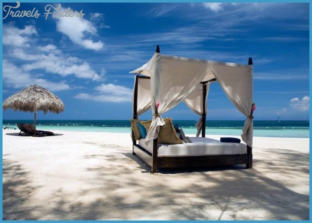 Planning a Romantic Beach Holiday - The Best Destinations_14.jpg