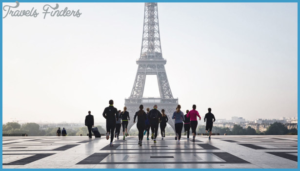 Running in Paris_3.jpg