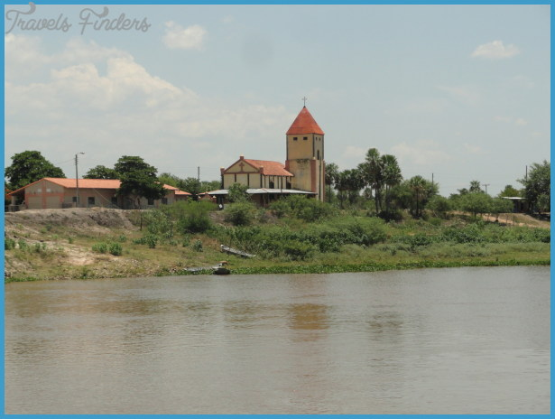 Traveling along the Paraguay River_16.jpg
