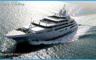 Yacht in Dubai_0.jpg