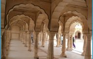 Enjoy The Journey to New Delhi with Cheap Airfare from Hyderabad_2.jpg
