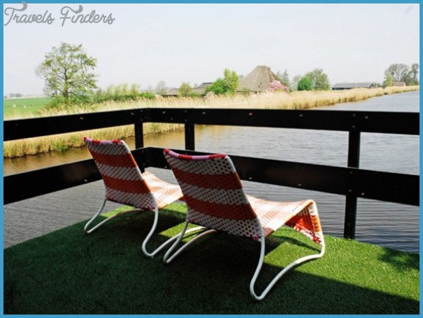 Relax In A Charming Amsterdam Houseboat on Amsterdam Houseboat Rental