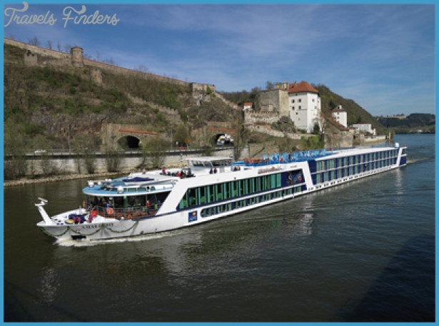 THE CRUISE LINES: RIVER CRUISING_3.jpg