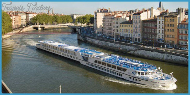 THE CRUISE LINES: RIVER CRUISING_8.jpg