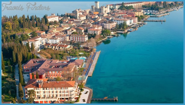 The European Charm Of The Surrounding Towns Of Lake Garda_2.jpg