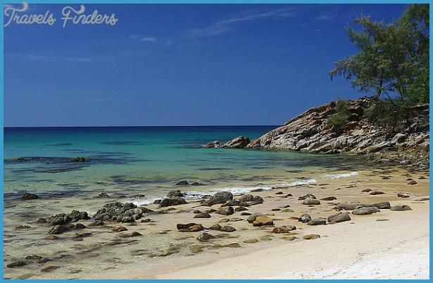 Nai Thon Beach Phuket_0.jpg
