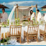 Wedding in Turks and Caicos_7.jpg