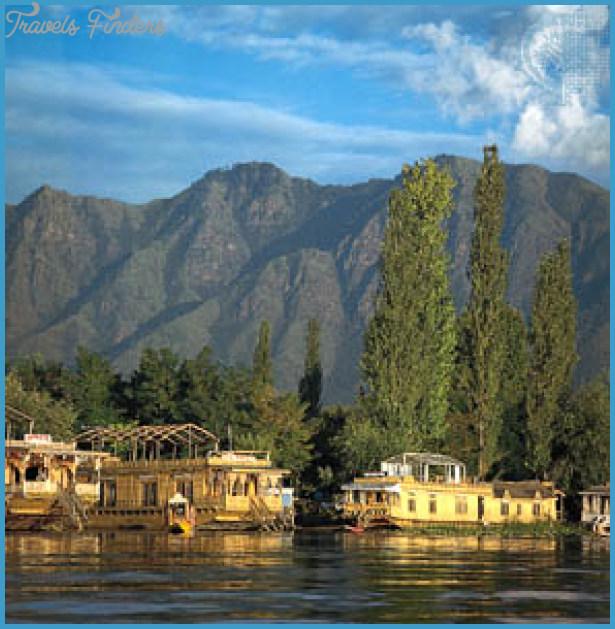 Kashmir Valley India_7.jpg