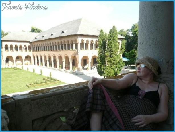 Mogosoaia Palace Bucharest_7.jpg
