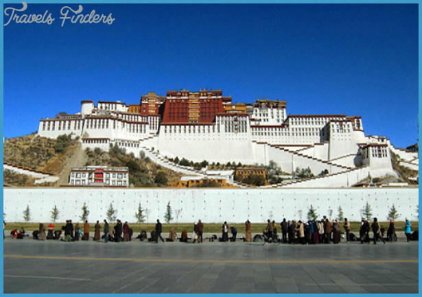 Potala Palace China_6.jpg