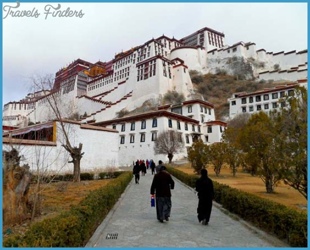 Potala Palace China_7.jpg