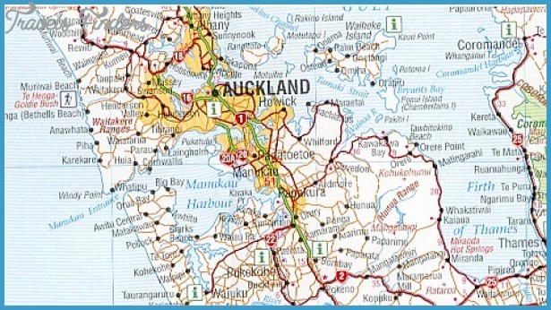 New Zealand Road Map.Road Map Of New Zealand Travelsfinders Com