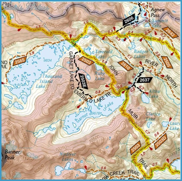 national geographic hiking maps 9 National Geographic Hiking Maps