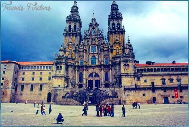 Traveling in Santiago de Compostela_3.jpg